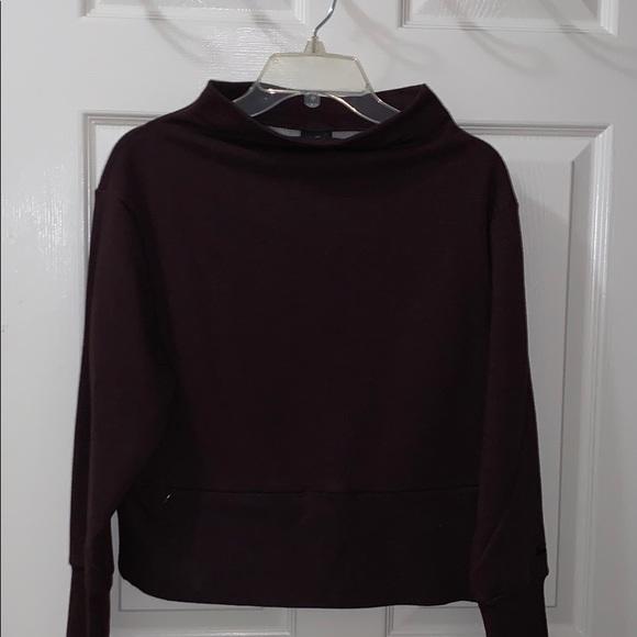 Nike cropped sweatshirt